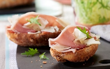 Pyrenees Ham and Ewe's Cheese Crostinis